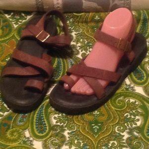 L.L. Bean Brown Nubuck Leather Toe Strap Sandals